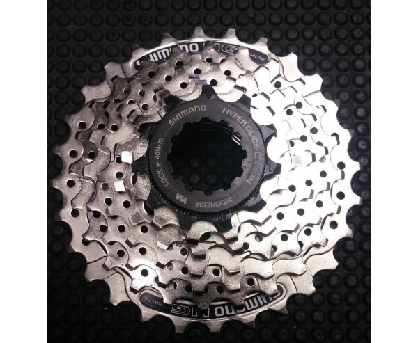 Shimano 7 speed 11-28T Cassette and Chain