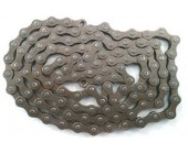 Single Speed Bicycle Chain or 3 speed internal gear system or BMX bike