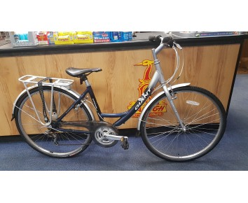 Second hand Giant Expression ladies hybrid bike small 17.5""