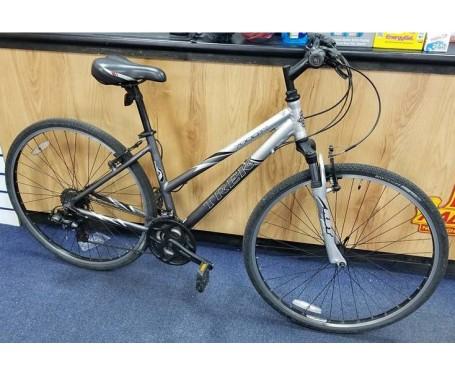 "Second hand Trek 7000 ladies Hybrid bike 17"" frame"
