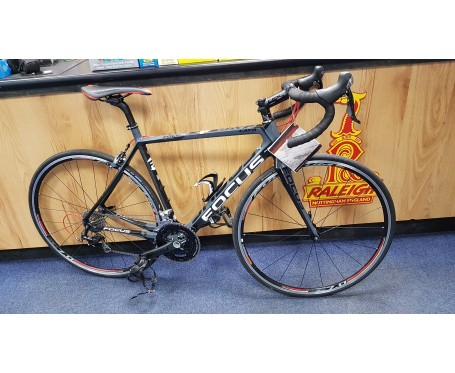 SOLD Second hand Focus Cayo full carbon road bike less than 200 miles use Medium 55cm SOLD